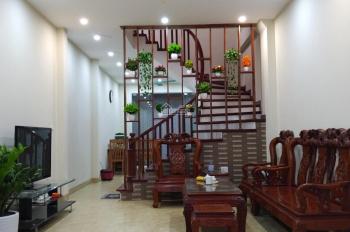 Bán nhà phố 8/3, Kim Ngưu, phường Quỳnh Mai, ô tô vào nhà, DT 50m2x5T, giá 6,25 tỷ