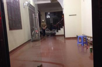Cho thuê căn nhà 4 tầng x 50m2 trong ngõ 18 Huỳnh Thúc Kháng, ngõ rộng rãi sạch sẽ, giá 14 tr/th