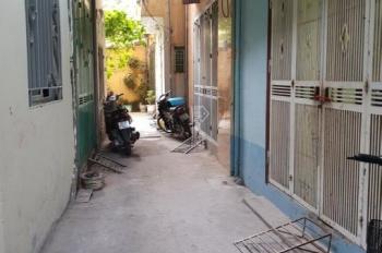 Cần bán căn hộ 34 m2 x 3 tầng 1 tum gần UBND phường Thanh Tri