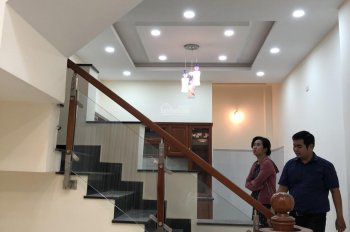 Bán nhà gấp ngã ba Tân Kim, Bình Chánh