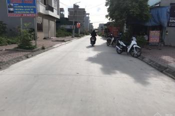 Cần bán mảnh đất trục chính chợ Giang Cao- Bát Tràng 100m, mặt tiền 4m.LH: 03.3861.1368