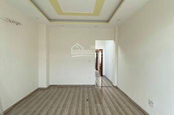 Cho thuê nhà mặt tiền đường Hùng Vương Q. 5. DT 4.5x 23m giá 50 tr/th