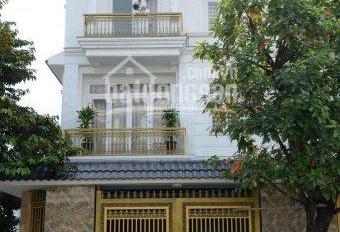 chính chủ cần bán nhà biệt thự giá rẻ mặt tiền đường Võ Thị Sáu,Dĩ An Bình Dương LH:0944.926.914