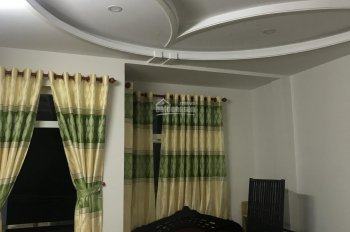 Nhà 3 lầu, 64m2, 5PN, 4WC ngay đường Đình Phong Phú, - Vincom Lê Văn Việt