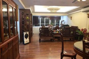 Chính chủ bán căn góc đẹp nhất 2606 toà nhà Sông Đà, quận Hà Đông, DT 154m2, 3 PN, view hồ Văn Quán