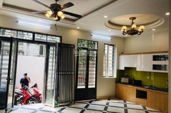 Bán cực gấp nhà phố Lạc Trung, 68m2, 4T, giá 2.8 tỷ, Hai Bà Trưng. LH 0988964342