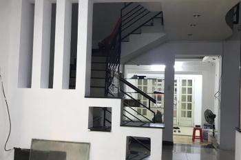 Cho thuê nhà riêng, liên hệ chị Bích 0902347727, địa chỉ: 69/23 Phan Đình Phùng. Giá: 15tr/tháng