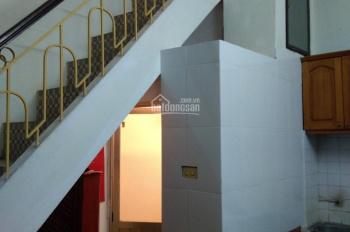 6tr/th, cho thuê nhà riêng, 3 tầng, chính chủ, khép kín, full NT, ngõ 28 phố Chùa Hà, Cầu Giấy