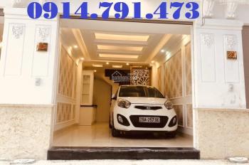 Chính chủ bán nhà tổ 5 Thạch Bàn, 34m2x4T hướng ĐB, ô tô vào nhà. Giá chỉ 2,55 tỷ