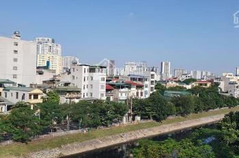Nhà mặt phố Vũ Tông Phan, KD đỉnh 62m2 xây 5 tầng vỉa hè rộng giá siêu rẻ 14,5 tỷ LH 0868196626