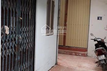 Bán gấp nhà ở đường Yên Hoà, Cầu Giấy do gia đình có việc cần tiền