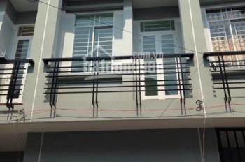 Bán nhà tại Phường 5, quận Phú Nhuận. Kết cấu: 5 tấm, giá: 5.6 tỷ thương lượng. Tel: 0898.941.680