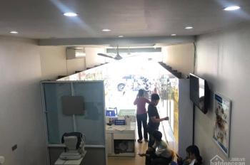 Bán nhà mặt phố Trường Chinh, kinh doanh đỉnh vỉa hè rộng, đang cho thuê 60tr/tháng. LH 0865131289