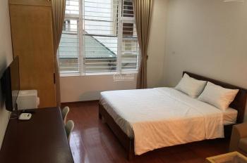 Cho thuê căn hộ dịch vụ mới chính chủ tại Văn Cao, Ba Đình, giá 6.8 tr/tháng