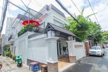 Siêu hot Cho thuê nhà mặt tiền Cách Mạng Tháng 8, Q 1, DT lớn 9m x 20m
