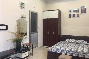Cơ hội sở hữu nhà mặt phố giá tốt nhất Yên Phụ, Tây Hồ, 5 tầng, mặt tiền 6,2m. LH: 0962619838.