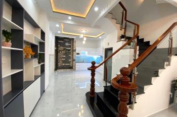 Bán căn nhà mặt tiền Quốc Lộ 50 Phú Lạc, Phong Phú Bình Chánh, giá 1,6 tỷ/căn SHR. LH: 0901035238