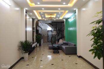 Bán nhà phố 8/3, Quỳnh Mai, Hai Bà Trưng, 39m2x5T, giá 3.5 tỷ, cách chỗ đỗ ô tô 20m