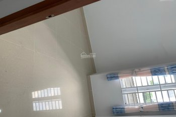 Bán nhả 3 lầu 4 Pn ,DT 4x13m đường Phú Định p16 Q8