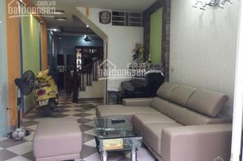 Bán nhà ngõ 25 Vũ Ngọc Phan 50m2, 4 tầng, có sân cổng, cách đường ô tô 30m, giá 4,35 tỷ