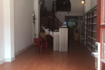 Cho thuê mặt bằng mặt tiền trung tâm Quận 1. Đường Đề Thám, P. Cô Giang, DT 4x18m, 25tr/th