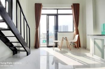 Phòng trọ có gác đầy đủ nội thất có cửa sổ ban công gần Phú Mỹ Hưng, Quận 7