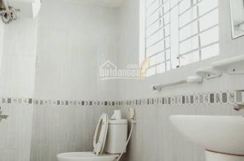 Cho thuê căn chung cư mini Ngọc Lâm 80m2, đồ cơ bản, giá 4 triệu/th, LH: 0968200785