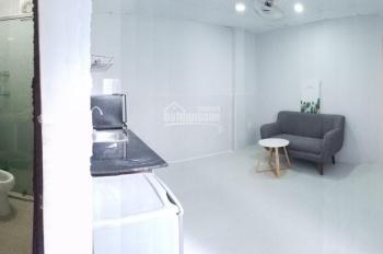 Phòng cao cấp 40m2 full nội thất, ban công - Thành Thái, quận 10