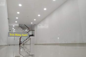 Nhà Nguyễn Hữu Cảnh: 4x18m, 2Lầu, 5Phòng làm VP-CTY gần LandMark81