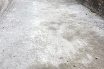 Bán gấp DT 40m2 đất thổ cư, Đông Dư, Gia Lâm đường trước đất Ô tô vào nhà giá 26 Triệu/m2