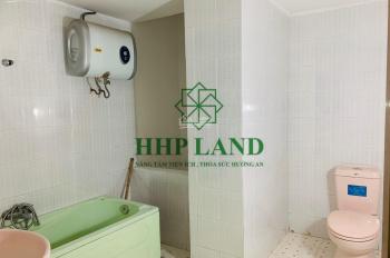Cho thuê nhà 1 trệt 2 lầu, mặt tiền Nguyễn Ái Quốc, gần công ty Ponchen, Hóa An, chỉ 10 triệu/tháng