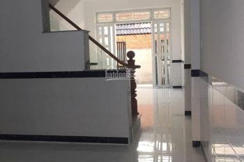 Kẹt tiền bán gấp nhà mới xây Tân Thới Hiệp, quận 12. DT 72m2, giá: 3.8 tỷ, liên hệ: 0966571373