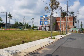 Đất sổ hồng MT Nguyễn Trung Trực, KDC hiện hữu, Cần Đước, Long An 100m2, 900tr, LH 0938 514 019