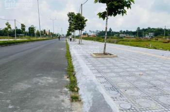 Kẹt tiền bán nền góc 5.7 x 20 giá 1.4 tỷ ở trung tâm TP Vĩnh Long, mặt tiền đường lớn 0902754107