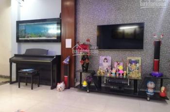 Cho thuê căn nhà riêng 4 tầng đẹp tại ngã tư Trâu Quỳ