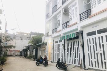 Nhà 1 trệt 2 lầu Thạnh Lộc 44 Q12.Đường trước nhà 7m giá 1.2 tỷ ( 100%)