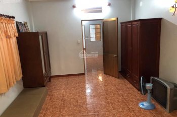 Cần cho thuê nguyên căn nhà HXH 317/3A Trần Bình Trọng, P. 4, Q. 5
