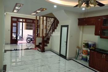Bán nhà mặt ngõ Trương Định, ô tô vào nhà,DT 50m2x5T mới, ô tô vào nhà giá 5.4 tỷ