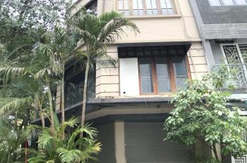 Cho thuê nhà Trung Kính, Cầu Giấy: 70m2 x 6 tầng, lô góc, nhà thiết kế thông sàn 40 triệu/th
