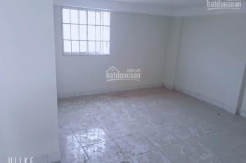 Nhà mới 100% full giá 180 triệu. LH 0899 533 315