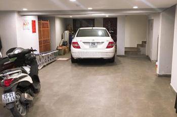 Cho thuê nhà mặt phố Trấn Vũ, diện tích 90m2 x 2 tầng + 1 hầm, mặt tiền 7m, vị trí đắc địa