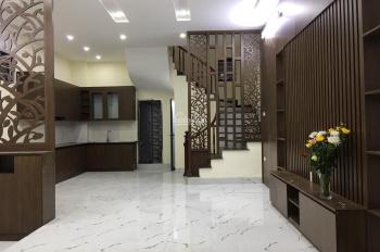 Bán nhà xây mới 3 mặt thoáng 4,75 tỷ, diện tích 60m2x5 tầng, ngõ 206 Trương Định, Hoàng Mai