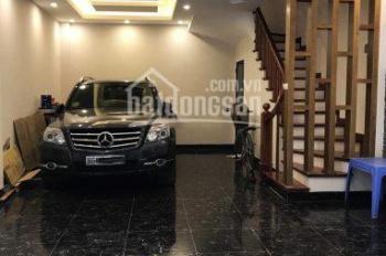 Bán nhà Nguyễn Khánh Toàn, ô tô vào nhà, 59m2 giá 7,6 tỷ