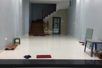Cho thuê nhà mới xây, mặt ngõ phố Phạm Ngọc Thạch, DT 50m2 x 5T, MT 4m, giá 25 triệu/tháng