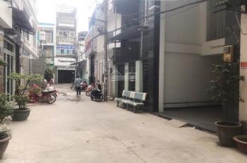 Chính chủ cần bán lô đất hẻm 656 Quang Trung, p11, GV, DT: 4x18m. Giá chỉ: 6.5 tỷ LH: 0915032121
