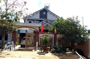 Cần vốn kinh doanh cần bán gấp nhà phố 2 mặt tiền Phạm Ngọc Thạch, P1, Bảo Lộc