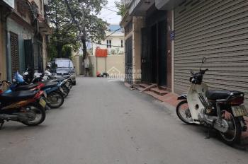 Cho thuê nhà mặt ngõ phố Thái Hà 45m2 x 5T, MT 4,2m, giá 22 tr/tháng