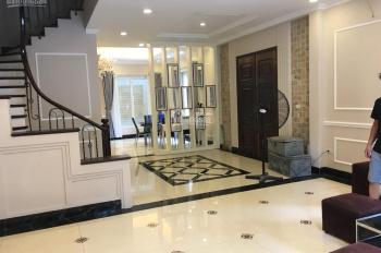 Cho thuê căn hộ chung cư tòa CTM 299 Cầu Giấy, Hà Nội, 2PN, 2 vệ sinh, giá 8 tr/th. LH 0963596146