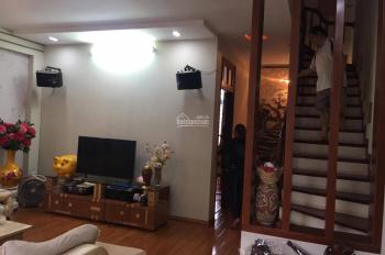 Bán gấp nhà ngõ phố Vương Thừa Vũ 42m2 x 5T cách phố 10m,giá 4,5 tỷ lh 0944.512.966