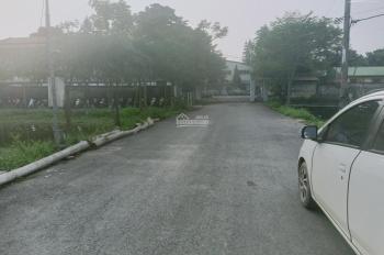 Cần bán 5000m nhà xưởng cụm công nghiệp chúc Sơn , giá 5tr/1m ĐT0971274648